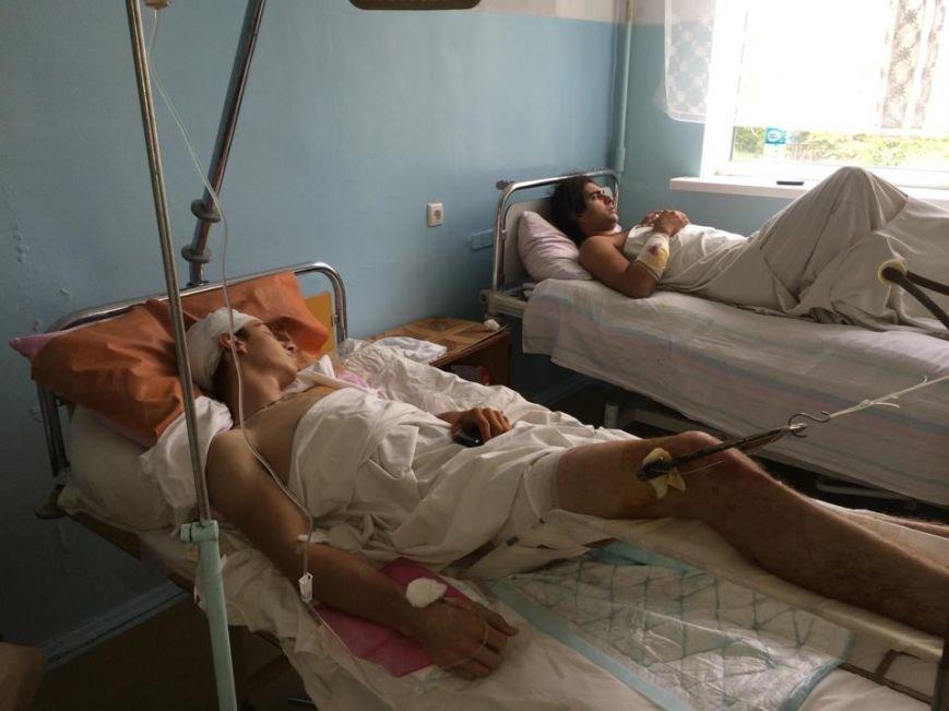 """Раненые в Сартане рассказали, как спасались от смерти, и задавали один вопрос: """"Почему  не пропускали «скорые»? (ФОТО), фото-2"""