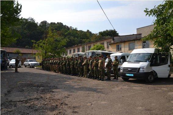 Львівські правоохоронці їдуть у зону бойових дій (ФОТО) (фото) - фото 1