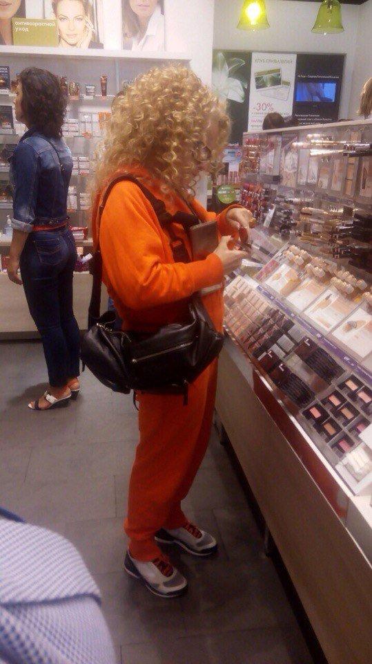 Лариса Долина перед концертом зашла в «Аквамолл» (фото) - фото 1