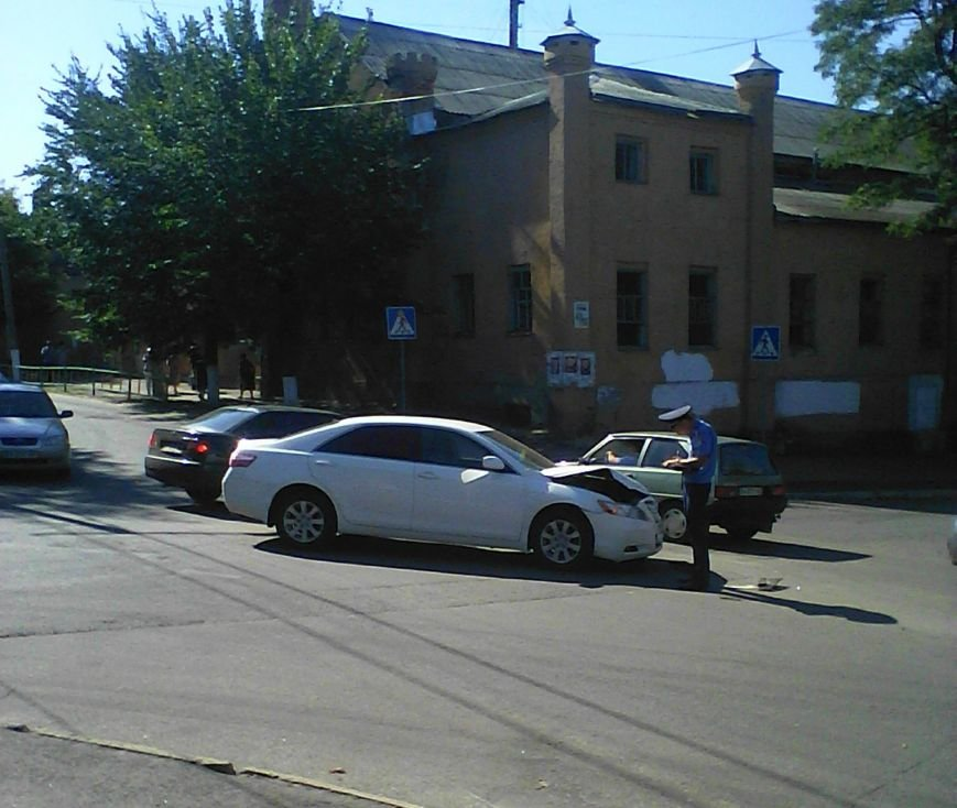 На перекрестке в Кировограде произошло ДТП (ФОТО), фото-3