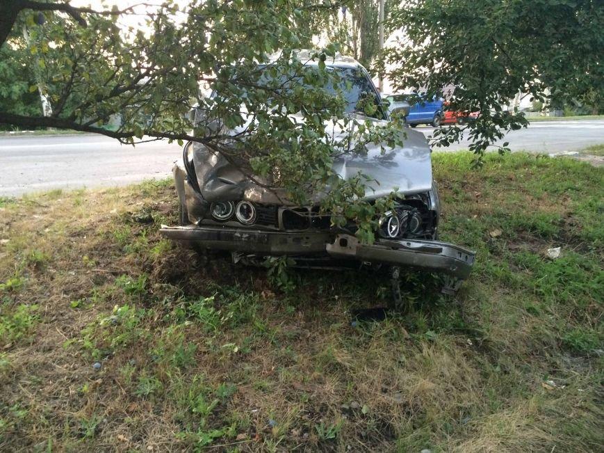 ДТП в Днепропетровске: столкнулись Mazda и BMW (ФОТО) (фото) - фото 5