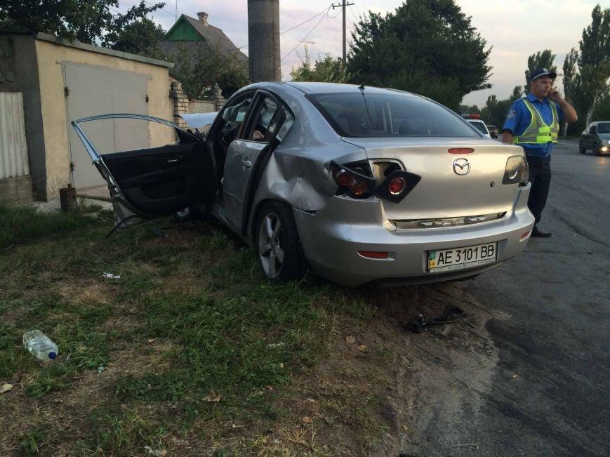 ДТП в Днепропетровске: столкнулись Mazda и BMW (ФОТО) (фото) - фото 3