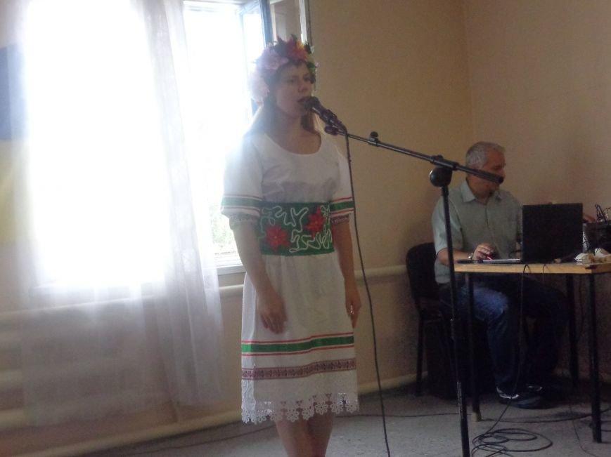 «Шануймося, бо ми того варті!» - в Красноармейске прошло мероприятие, посвященное Дню Независимости (фото) - фото 5