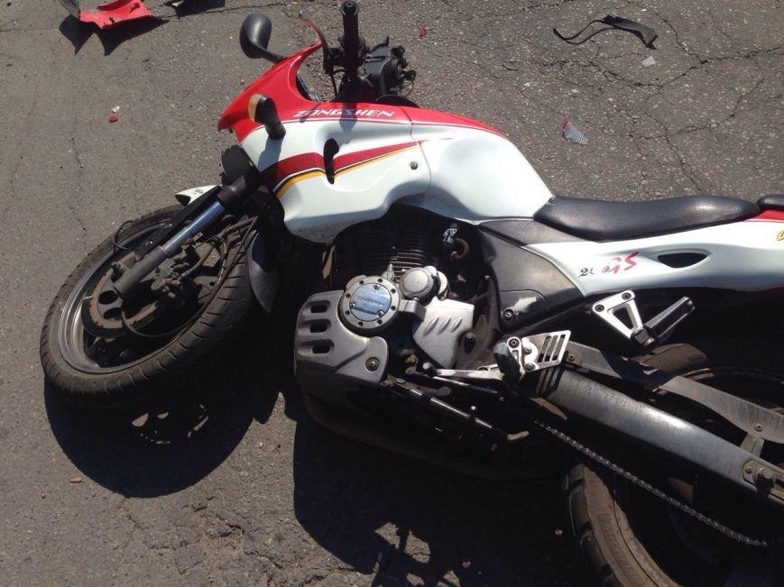 ДТП в Днепропетровске: столкнулись Спринтер и мотоцикл, фото-3