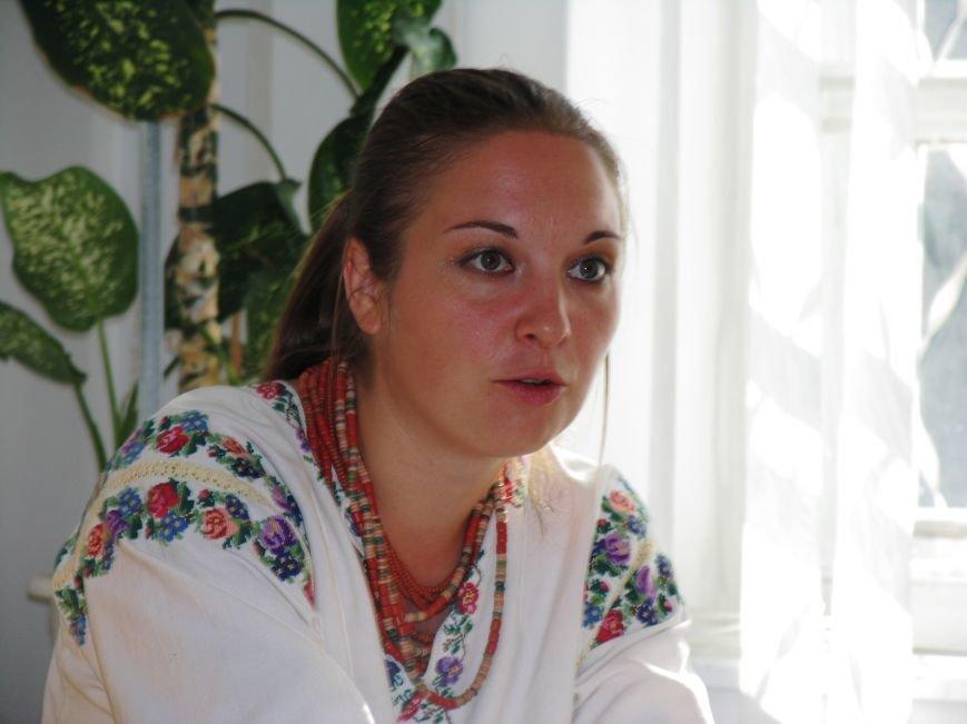В минувшее воскресенье Никополь накрыла вторая волна Всеукраинского фестиваля «Из страны в Украину», фото-2