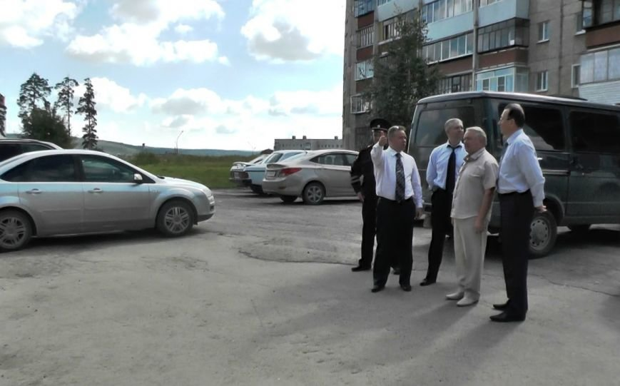 Областные чиновники провели проверку полевских дорог (фото) - фото 3