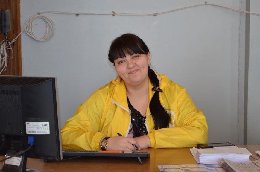 Гуманитарная поддержка Штаба Ахметова для жителей Кировского района (фото) - фото 1