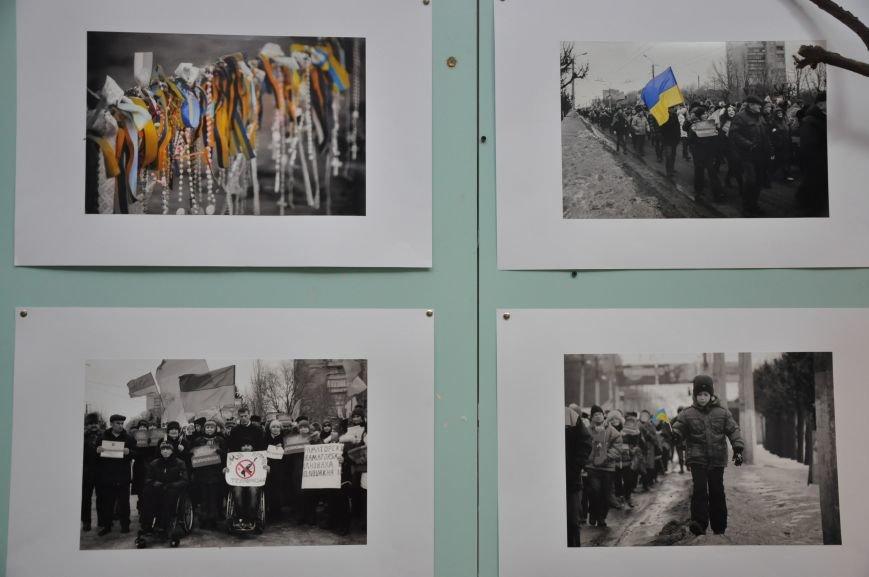 Открывшаяся в Краматорске выставка «Лицо войны» побывает во многих европейских странах, фото-4