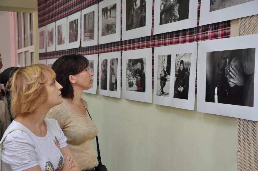 Открывшаяся в Краматорске выставка «Лицо войны» побывает во многих европейских странах, фото-8
