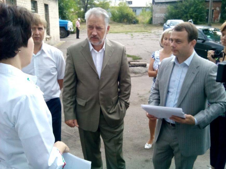 Губернатор Павел Жебривский прибыл в Димитров  и  посетил городскую больницу (фото) - фото 4