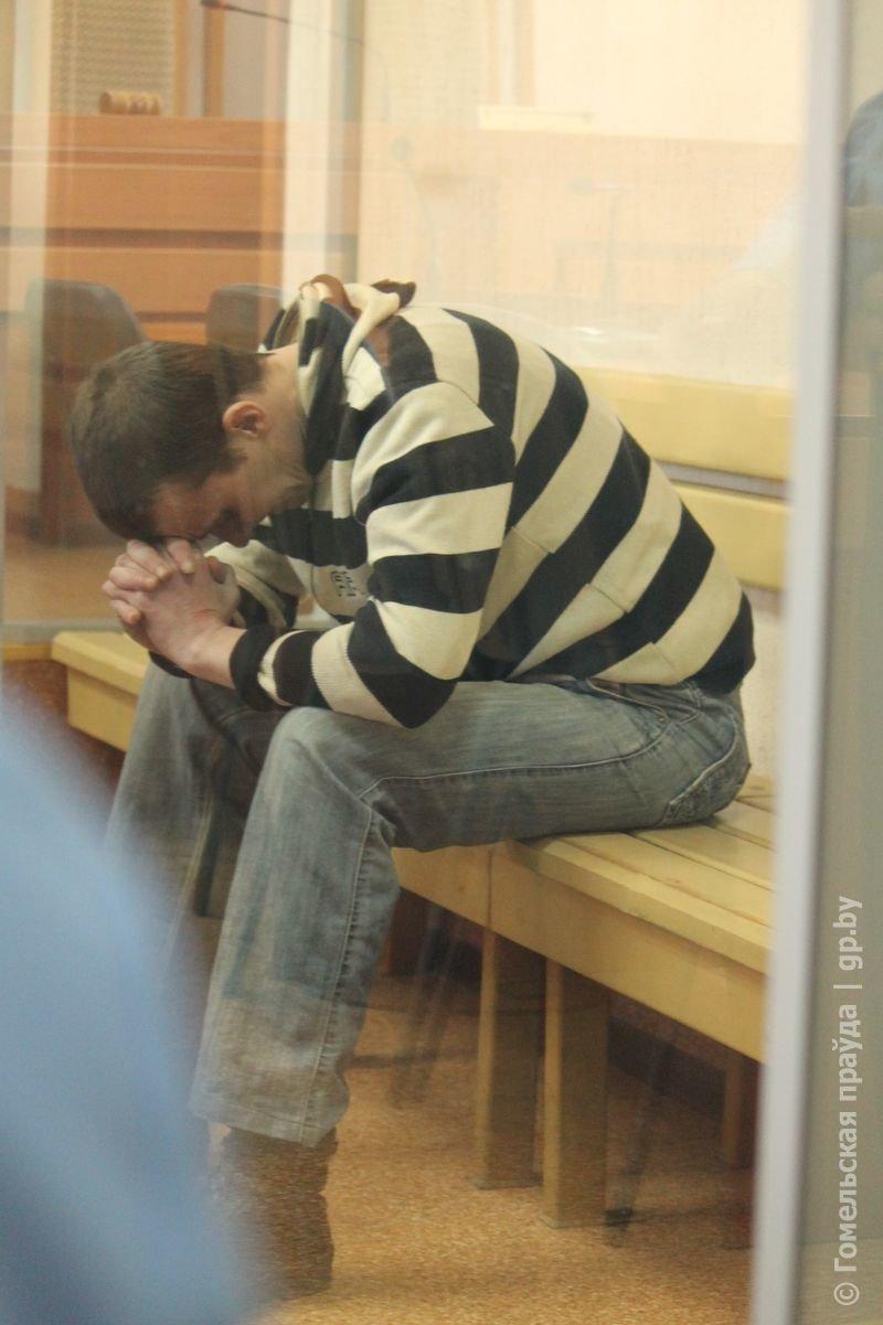 Задушили или просто забыли спящего грудничка в пустой квартире, уйдя на полгода бродяжничать?  Источник: http://gp.by © Правда Гомель (фото) - фото 2