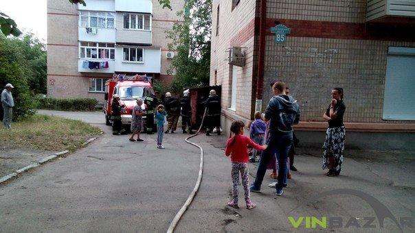 Пожежа біля ресторану «Сіті» у Вінниці, люди кажуть - підпал (Фото+Відео) (фото) - фото 1