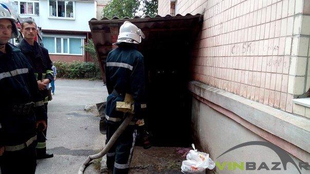 Пожежа біля ресторану «Сіті» у Вінниці, люди кажуть - підпал (Фото+Відео) (фото) - фото 2