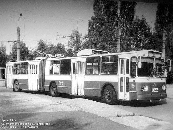 В Кривом Роге после капитального ремонта обкатывали троллейбус (ОБНОВЛЕНО) (фото) - фото 2