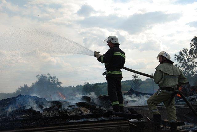 Церковь на Николаевщине сгорела дотла после торжественного богослужения (ФОТО) (фото) - фото 5