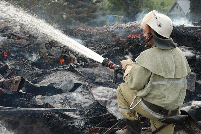 Церковь на Николаевщине сгорела дотла после торжественного богослужения (ФОТО) (фото) - фото 3