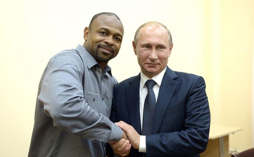 Известный американский боксер в Крыму попросил Путина оформить ему российское гражданство (ФОТО, ВИДЕО) (фото) - фото 4