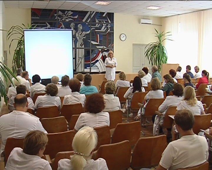 Объединению «скорой помощи» в Днепропетровске подарили современный ангиограф, фото-2