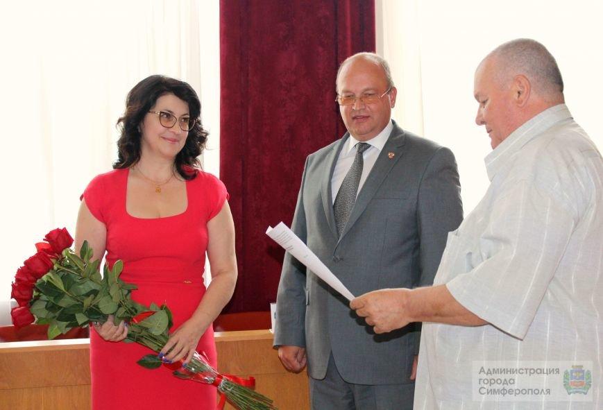 Администрация Симферополя «переживает изменения в кадровом составе»: У Бахарева появился новый заместитель (+ ФОТО) (фото) - фото 2