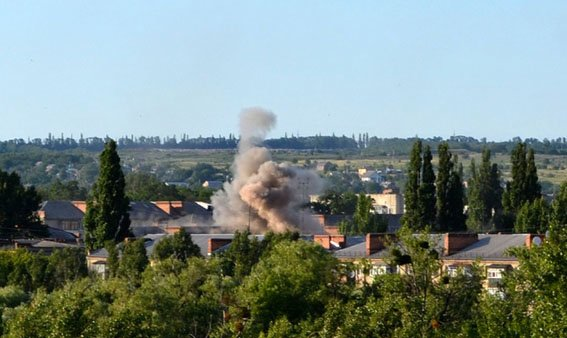 Беспощадный «русский мир»: за год в результате обстрелов боевиками на севере Донецкой области погибли 58 мирных жителя (фото) - фото 1