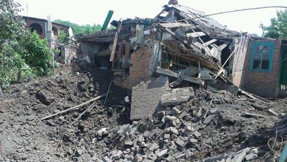 Беспощадный «русский мир»: за год в результате обстрелов боевиками на севере Донецкой области погибли 58 мирных жителя (фото) - фото 2