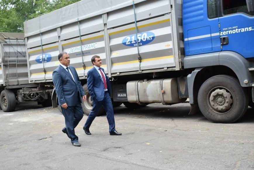 Николаевская гуманитарка выехала на Донбасс (ФОТОРЕПОРТАЖ), фото-1