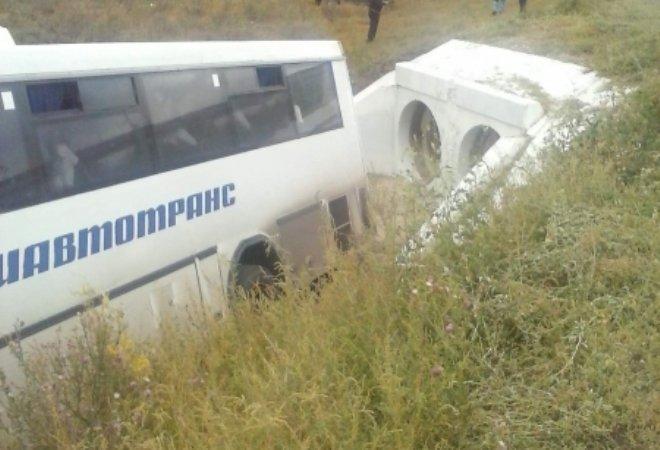 Продолжаются выяснения обстоятельств аварии с участием автобуса из Уфы (фото) - фото 1