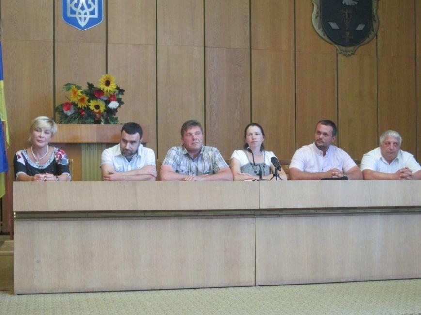 Страх и ненависть в Славянске. Как в исполкоме прошли слушания на зама мэра (фото) - фото 9