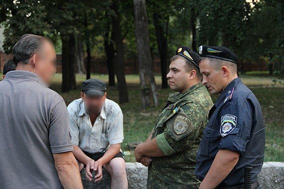 Черниговские милиционеры пытаются доказать, что они не хуже киевской полиции (фото) - фото 1