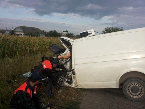 На Прикарпатті зіткнулися два «Фольксвагени». Водії обох автівок загинули на місці (ФОТО) (фото) - фото 5