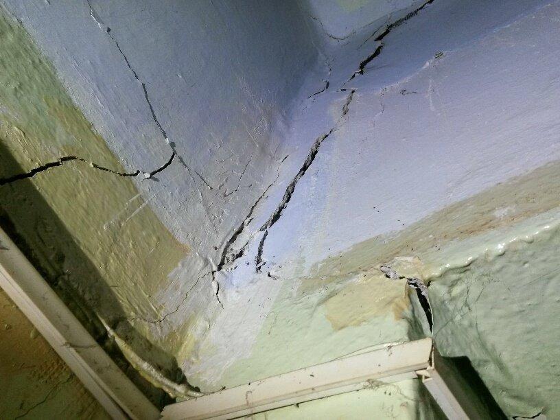 Жители аварийной двухэтажки в Мариуполе получат новые квартиры за 9 млн. грн. (ФОТО), фото-22