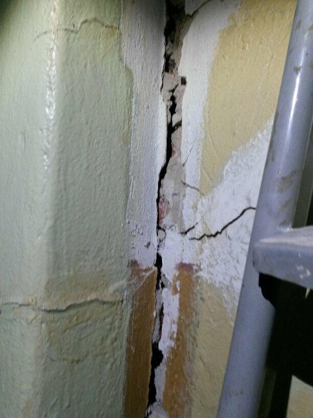 Жители аварийной двухэтажки в Мариуполе получат новые квартиры за 9 млн. грн. (ФОТО), фото-19