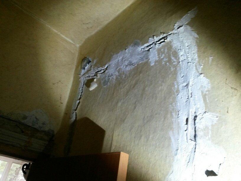 Жители аварийной двухэтажки в Мариуполе получат новые квартиры за 9 млн. грн. (ФОТО), фото-27