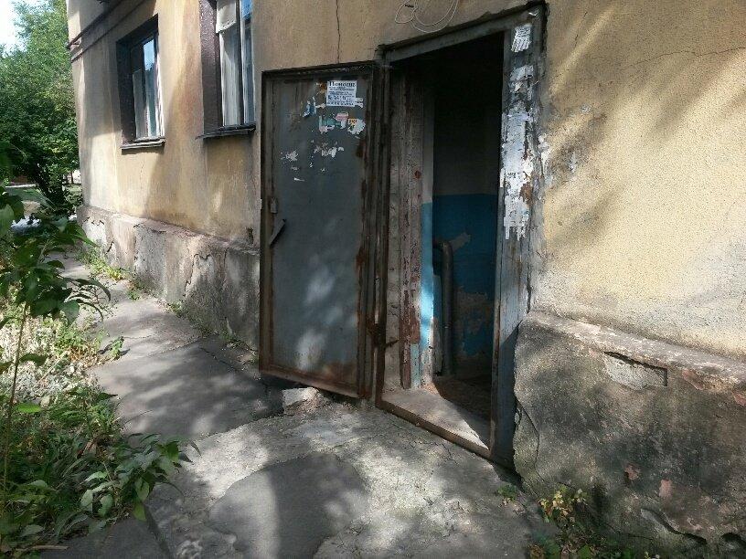 Жители аварийной двухэтажки в Мариуполе получат новые квартиры за 9 млн. грн. (ФОТО), фото-13
