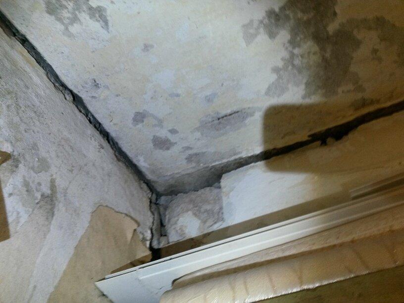 Жители аварийной двухэтажки в Мариуполе получат новые квартиры за 9 млн. грн. (ФОТО), фото-30