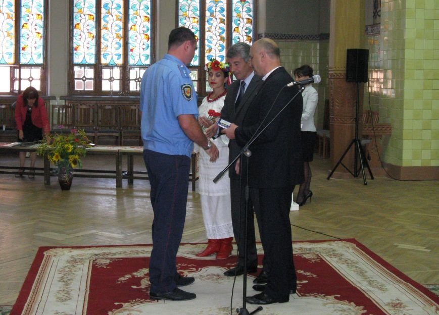 В Полтаві посмертно нагородили полеглих бійців в АТО, фото-8