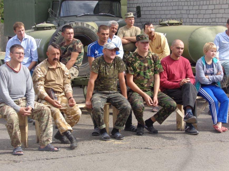 «Ми - нащадки древнього, прекрасного, бойового роду» - таланты Красноармейска выступили для 66-го военного мобильного госпиталя (ОБНОВЛЕНО) (фото) - фото 4
