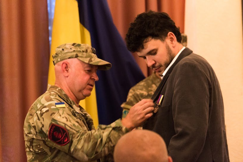 Медали для героев: в Днепропетровске воины АТО получили награды ко Дню независимости (ФОТО), фото-2