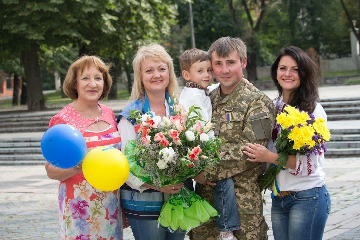 Медали для героев: в Днепропетровске воины АТО получили награды ко Дню независимости (ФОТО), фото-4