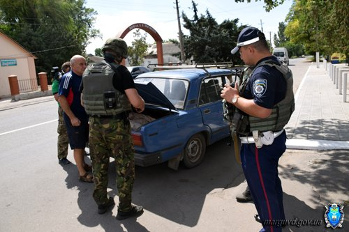 В Сартане милиционеры изъяли из продажи без документов спиртное и усилили охрану порядка (ФОТОРЕПОРТАЖ + ВИДЕО), фото-11