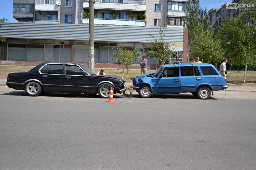 ДТП в Днепродзержинске: «BMW» и «Жигули» столкнулись влобовую, фото-1