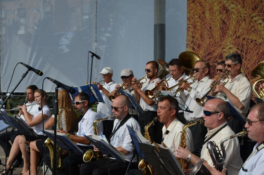 В Мариуполе празднуют День государственного флага (ФОТОРЕПОРТАЖ+ВИДЕО), фото-29