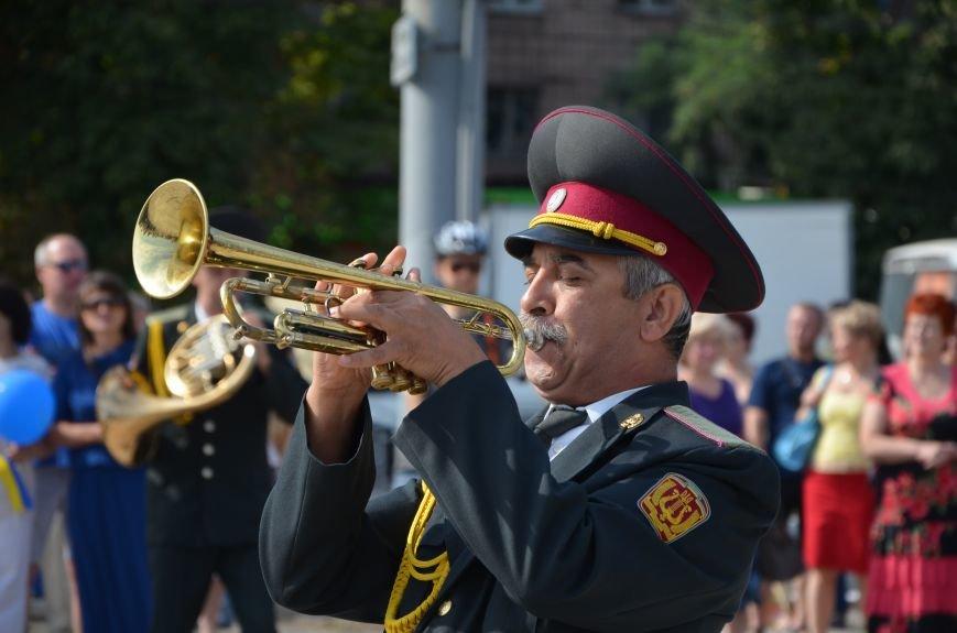 В Мариуполе празднуют День государственного флага (ФОТОРЕПОРТАЖ+ВИДЕО), фото-17