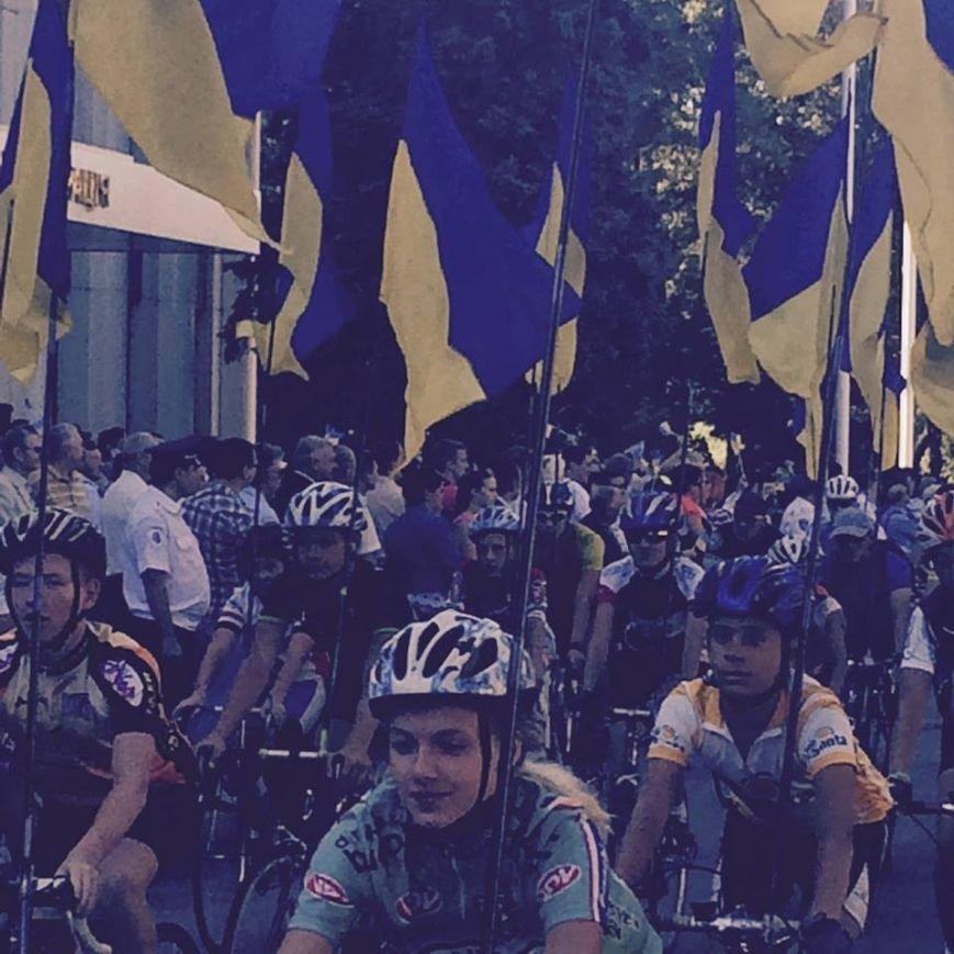 В честь Дня Независимости в Днепропетровске прошел патриотический велопробег (ФОТО) (фото) - фото 3