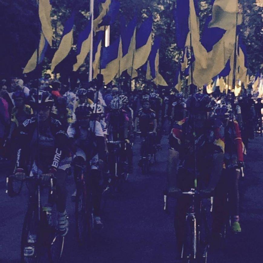В честь Дня Независимости в Днепропетровске прошел патриотический велопробег (ФОТО) (фото) - фото 2