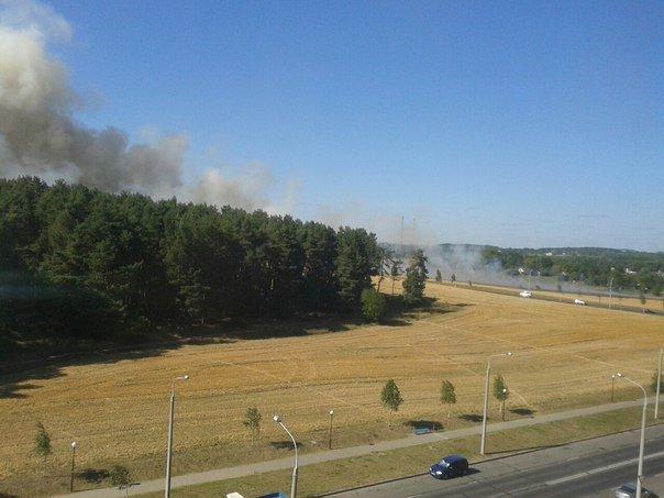 Неделя в Гродно: пожары на поле и в сердцах, велосипедисты-герои, съемки фильма и проводы лета (фото) - фото 11