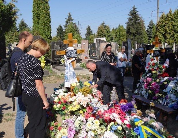 На Рівненщині вшанували загиблих за Незалежність України (фото) - фото 1