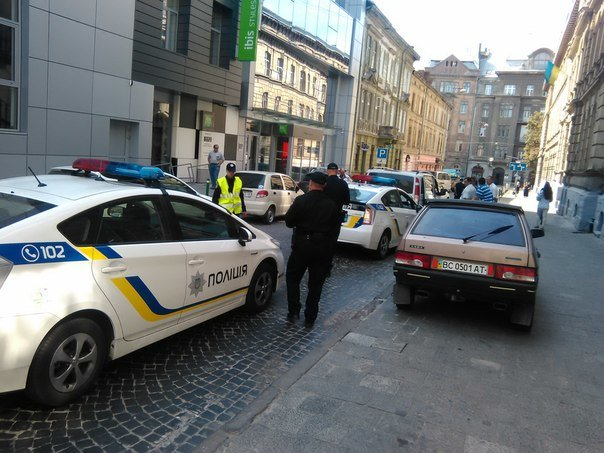 Перший день на роботі: патрульна поліція Львова потрапила в ДТП (ФОТО), фото-2