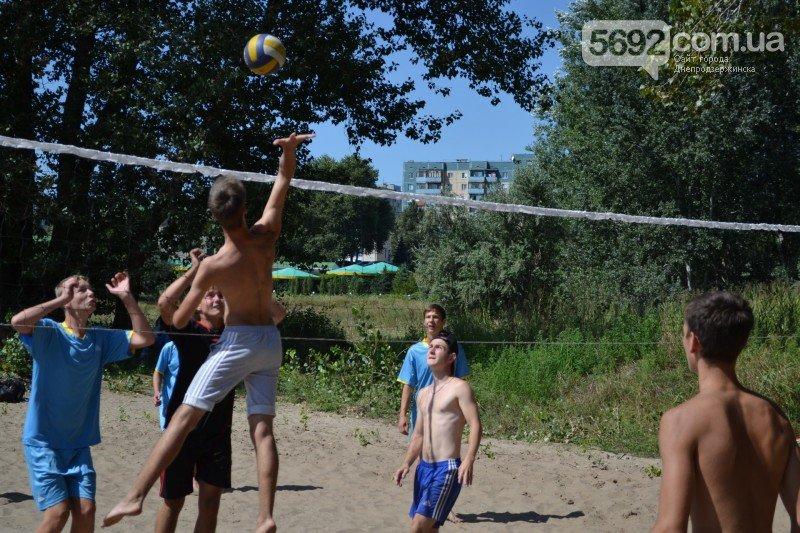 В Днепродзержинске прошел волейбольный «Кубок Независимости», фото-2