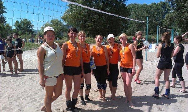 В Днепродзержинске прошел волейбольный «Кубок Независимости» (фото) - фото 11